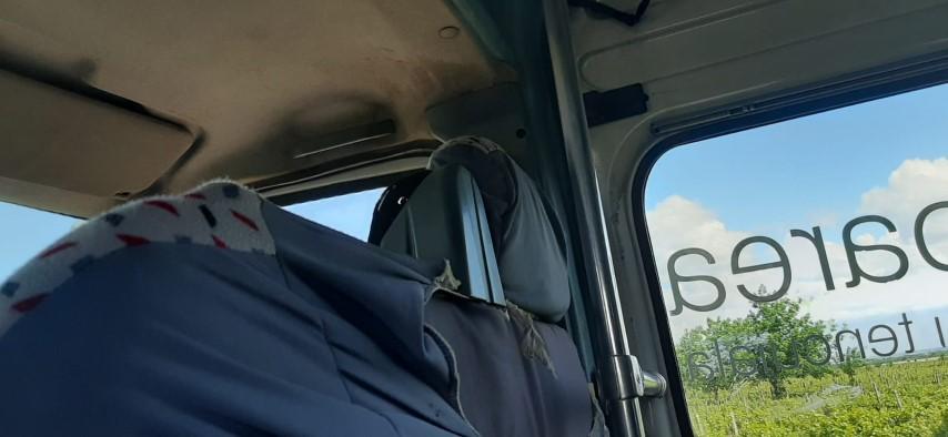 """Reportaj din microbuz: Patru călători, un șofer și… """"o tigaie pe roți"""" VIDEO și GALERIE FOTO"""